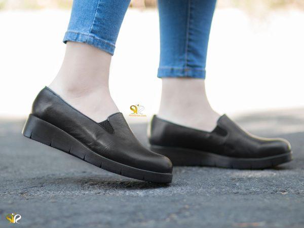 عکس مدل کفش طبی زنانه لژدار آندا رنگ مشکی - کفش طبی