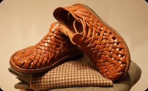 کاربردهای بافت چرمی در کفش های زنانه و مردانه
