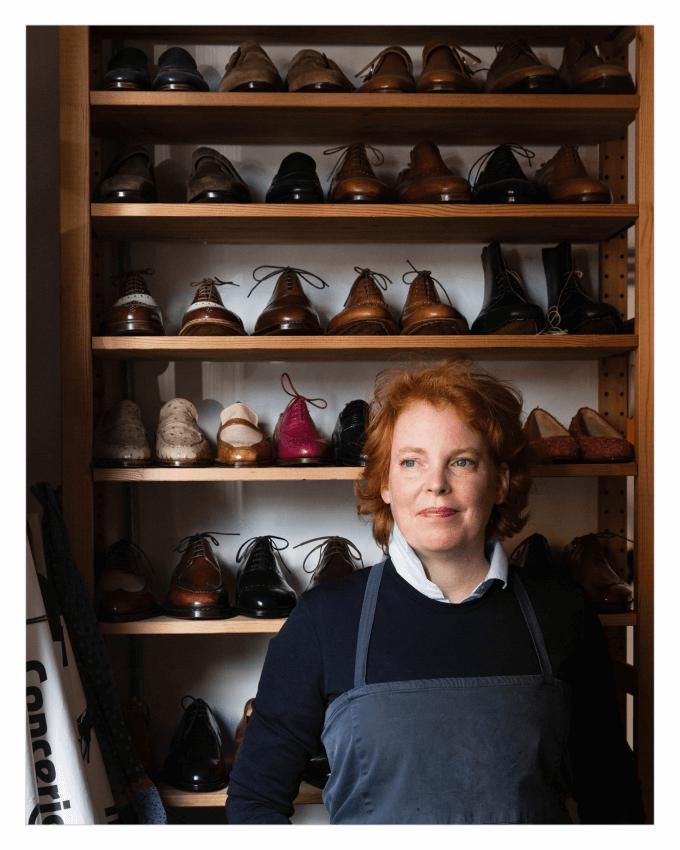 خانم ویویان ساسکیا (Vivian Saskia) آلمانی، استاد کفش دست دوز مردانه