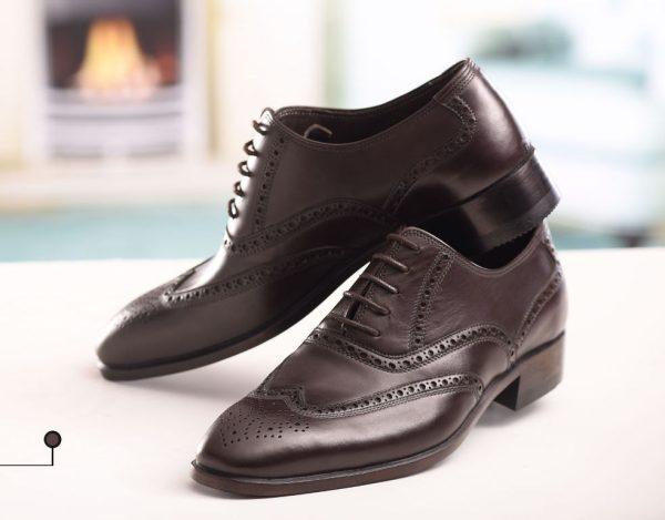 کفش چرمی مردانه هشت ترگ دست دوز سی سی با رویه گاپی و زیره چرم گاومیش و آستر چرم بزی رنگ قهوه ای مات