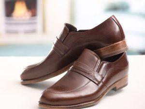 کفش چرمی مردانه با زیره گیاهی طبیعی قهوه ای