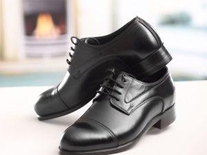 کفش چرمی مردانه با پنجه طرح دار ساده