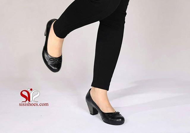 رویه چرم کفشی راحت و طبی مناسب خانم های شیک پوش