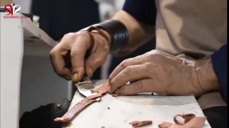 دوخت دستی کفش توسط حام محمد خادم پدر کفش دست دوز و موسس کفش سی سی تبریز