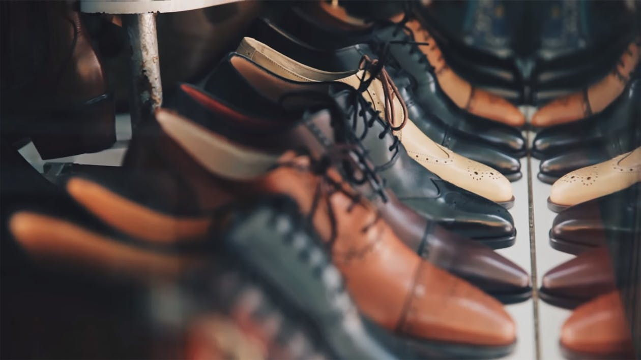 روش پاک کردن درست چرم و کیف و کفش چرمی