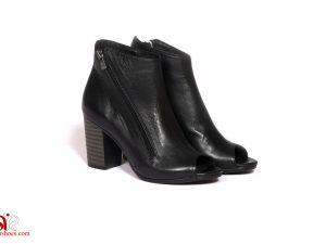 کفش چرمی زنانه با پاشنه متوسط