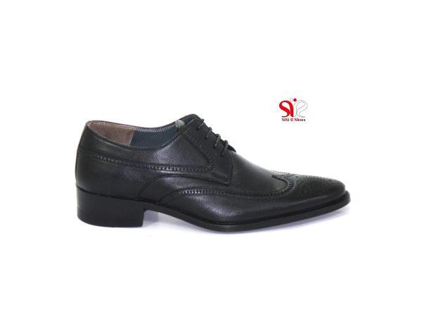 نمای راست از کفش مردانه مدل اشکی با طرح هشت ترگ
