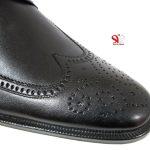 طرح هشت ترگ در کفش مردانه چرم