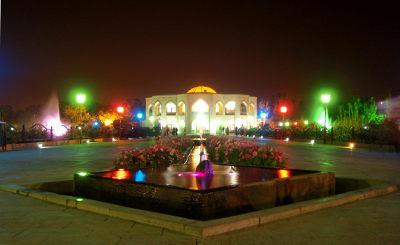 این ارک بلند شهر تبریز است افراشته قامتِ رسایش را « مفتون »