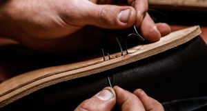 آموزش تصویری دوخت کفش چرمی (ویدیو)