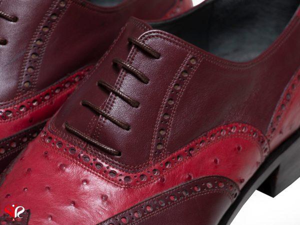 چرم ترکیبی گاوی و شترمرغ رنگ زرشکی کفش مردانه مدل ارس سی سی