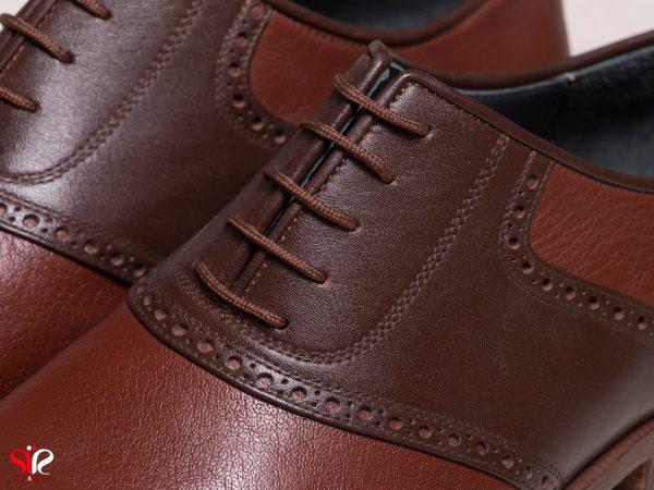 چرم رنگ عسلی برای کفش مردانه دست دوز ارجمند