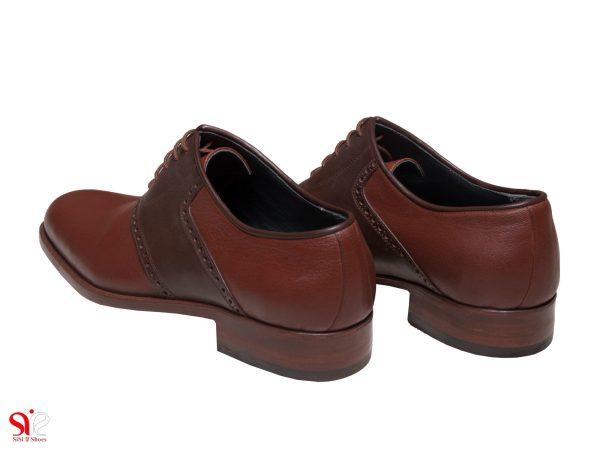 کفش مردانه چرمی و دست دوز سی سی مدل ارجمند رنگ عسلی