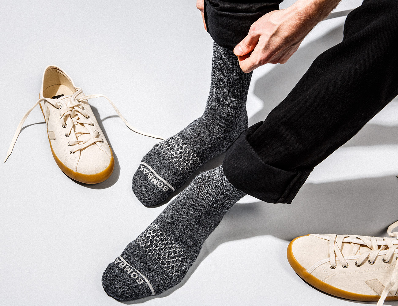 ست جوراب و کفش های مردانه