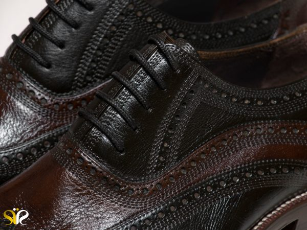 رویه چرم طبیعی کفش مردانه مدل آریانا سی سی