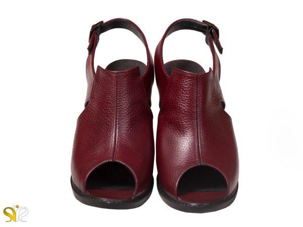 چرم گاوی رنگ زرشکی کفش مجلسی زنانه مدل مایلین رنگ زرشکی سگکدار