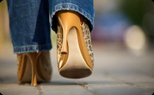 راهنمای انتخاب کفش با ست زنانه (۸)