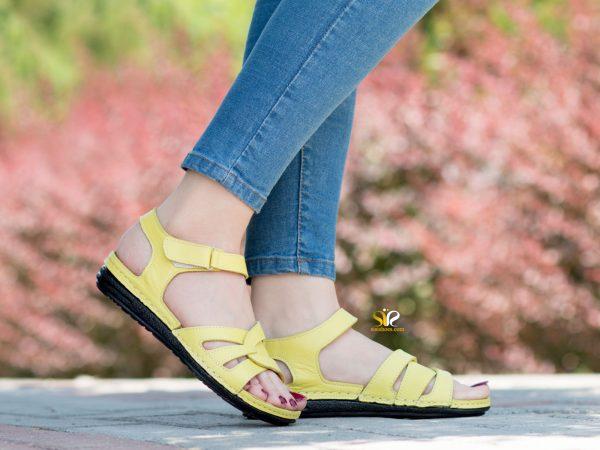 کفش زنانه مدل لورل رنگ زرد - کفش سی سی