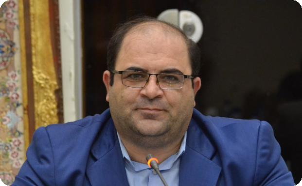 علیرضا جباریان فام، رئیس اتحادیه کفاشان تبریز شد.