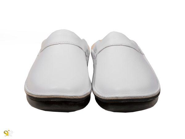دمپایی مردانه چرمی رنگ سفید مدل کاستر سی سی بدون سوراخ - کفش تبریز