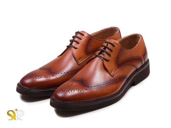 عکس مدل کفش چرم مردانه عسلی بتا - کفش سی سی