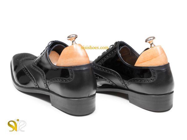پاشنه کفش مجلسی تمام دست دوز مردانه مدل آذین مشکی ورنی مات