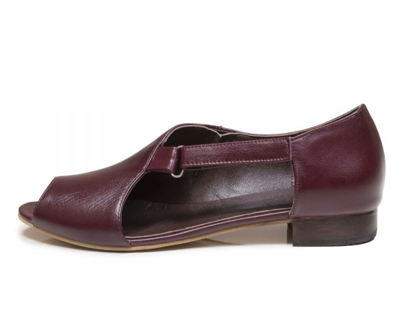 کفش زنانه تخت مدل بیندا زرشکی