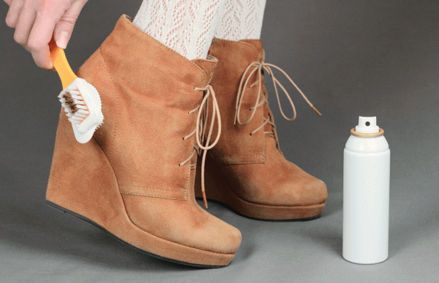 چگونه کفش سوییت (جیر) را تمیز کنیم؟