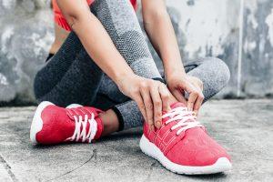چگونه کفش ورزشی مناسب انتخاب کنیم؟