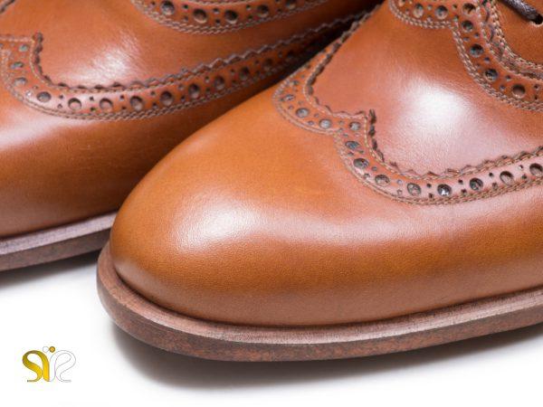 چرم مات ساده رنگ عسلی کفش مردانه