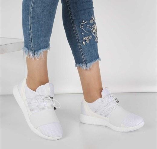 کفش اسپورت سفید