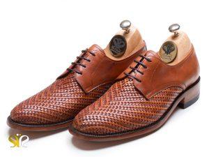 کفش مردانه مدل بافتی پلاس بنددار
