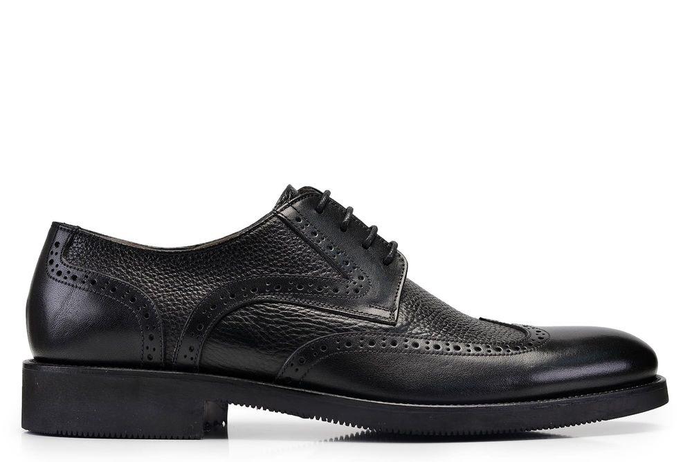 کفش سی سی؛ برترین کفش های تمام فصله مردانه