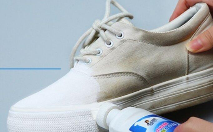 کفش های اسپورت سفید