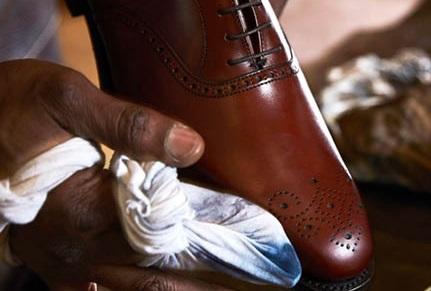 روش رنگ کردن دوباره کفش